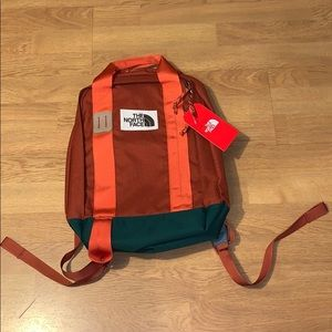 NWT The North Face Tote Pack Backpack, Orange
